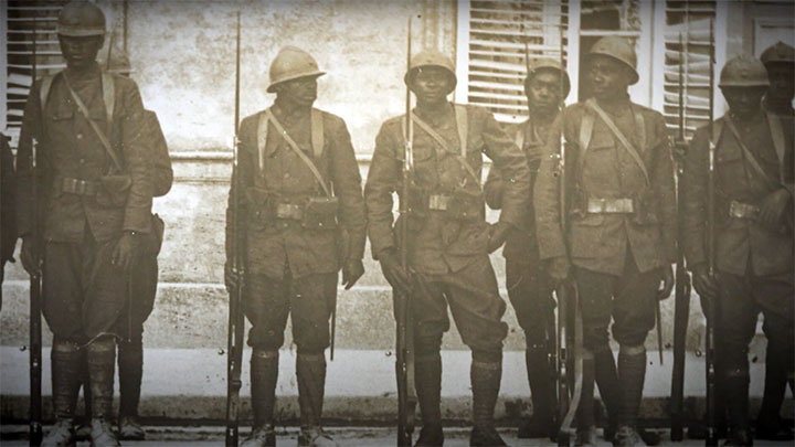 Men of the 369th Infantry Regiment with their French supplied gear, uniforms and rifles.