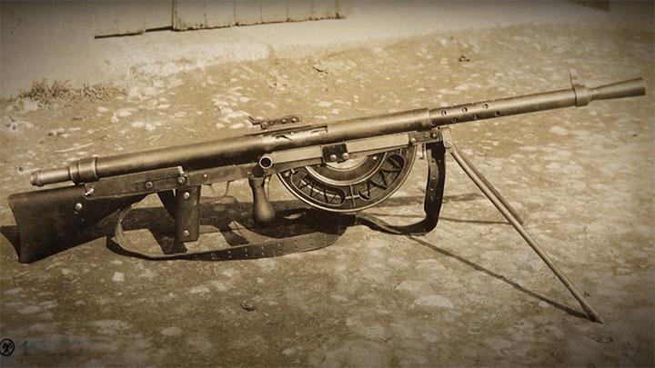The French CSRG Chauchat light machine gun.